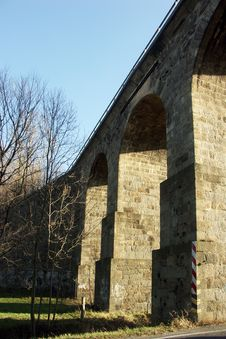 Free Ancient Stone Bridge Royalty Free Stock Photography - 1638567