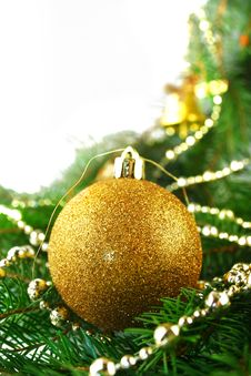 Free Christmas Bauble Royalty Free Stock Photo - 1638685