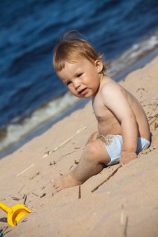Free Child On A Beach Royalty Free Stock Image - 16300036