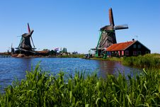 Free Mills In Holland Royalty Free Stock Image - 16301716