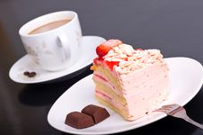 Free Strawberry Cake Stock Image - 16303191
