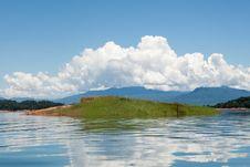 Free Nam Ngum Reservoir In Laos Royalty Free Stock Photo - 16307125