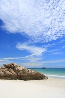 Free Beautiful Sky On The Beach. Royalty Free Stock Photos - 16312058