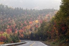 Free Mountain Road In Autumn Royalty Free Stock Photos - 16316808