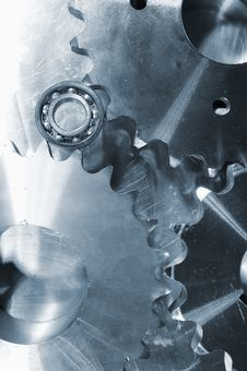 Free Titanium Gears And Cogs Royalty Free Stock Image - 16319996
