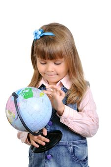 Free The Little Girl Studies The Globe Royalty Free Stock Photos - 16322058
