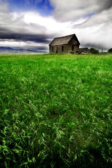 Free Old Homestead In Field Stock Photos - 16326013