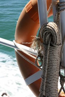 Free Rope And Lifebuoy Royalty Free Stock Image - 16326786
