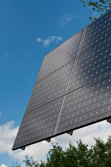 Free Renewable Energy - Photovoltaic Solar Panel Array Royalty Free Stock Photos - 16328538