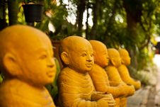 Free Thai Monk Sculpture Stock Photography - 16331692