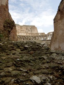 Free The Colosseum Royalty Free Stock Photos - 16332398