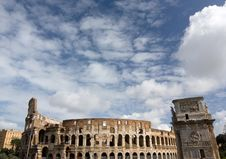 Free The Colosseum Royalty Free Stock Photos - 16332488