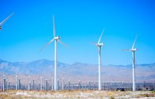 Free Windmills Park Royalty Free Stock Photo - 16337715