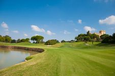Free Eighteen Hole Of A Golf Course Royalty Free Stock Photography - 16339117