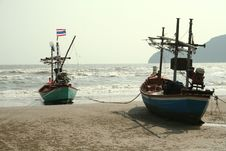 Free Fishing Boats On The Beach Royalty Free Stock Image - 16340506