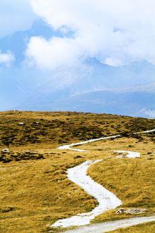 Free Mountain Path Stock Photo - 16341430
