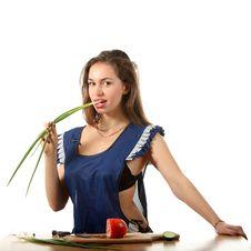 Free Girl Bit Onion Royalty Free Stock Image - 16341866