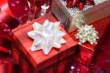 Free Gift Boxes Royalty Free Stock Photos - 16342338