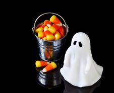 Free The Perfect Ghost With A Bucket Stock Images - 16343524