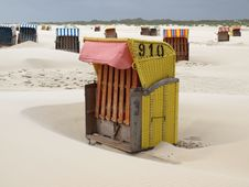 Free Beach Chairs Stock Images - 16349534