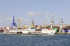 Free Istanbul - Ferry Passing Stock Images - 16350734
