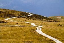 Free Mountain Path Royalty Free Stock Images - 16351009
