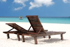 Free Beach Chairs Royalty Free Stock Photos - 16351658