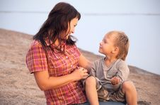 Free The Mother And The Son Royalty Free Stock Photography - 16352947