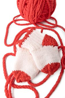 Free Red Skein And Knitted Socks Stock Photos - 16353933