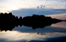 Free Sunset On Moscow-Volga Canal Royalty Free Stock Photos - 16355028