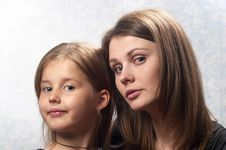 Free Mother And Daughter Royalty Free Stock Images - 16356369