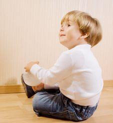 Free The Child With White Ball Stock Photos - 16356403