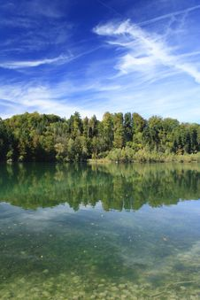 Free Green Lake In Autumn Stock Photos - 16356493