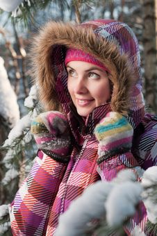 Free Young Woman Outdoor In Winter Royalty Free Stock Image - 16356816