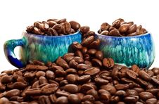 Free Coffee Beans And Cups On A White Background Royalty Free Stock Images - 16362079