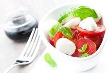 Free Caprese Salad With Balsamic Stock Image - 16365741