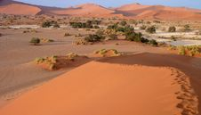Free Namibian Sand Dunes Stock Photos - 16370533