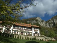 Free Lodgings Of The Monastery In Serbia Lipovac Stock Photography - 16374132