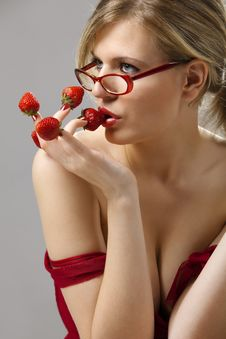 Free Woman With Red Strawberries Picked On Fingertips Royalty Free Stock Image - 16377286
