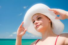 Free Beautiful Girl With Hat Royalty Free Stock Images - 16377399