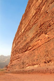 Free Desert Rock Formation - Wadi Rum, Jordan Royalty Free Stock Photos - 16383428