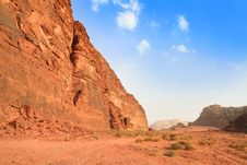 Free View On Desert Rock Formation - Wadi Rum, Jordan Stock Images - 16383454
