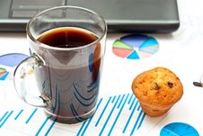 Free Coffee And Charts Royalty Free Stock Photos - 16383598