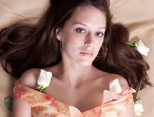 Free Beautiful Woman With White Roses Royalty Free Stock Image - 16387956