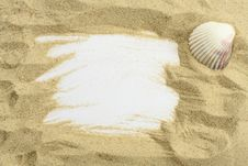 Free Sand And Seashells Frame Royalty Free Stock Images - 16388649