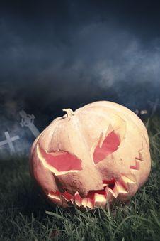 Free Jack-o-lantern In A Graveyard At Night Stock Image - 16388811