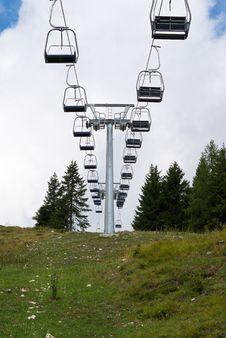 Free Skilift Royalty Free Stock Image - 16389796