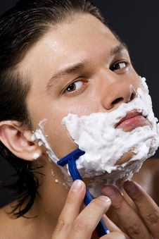 Free Handsome Man Shaving Stock Photos - 16393673
