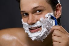 Free Handsome Man Shaving Stock Photo - 16393690