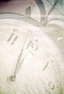 Free Clock Under Snow Stock Image - 16395041